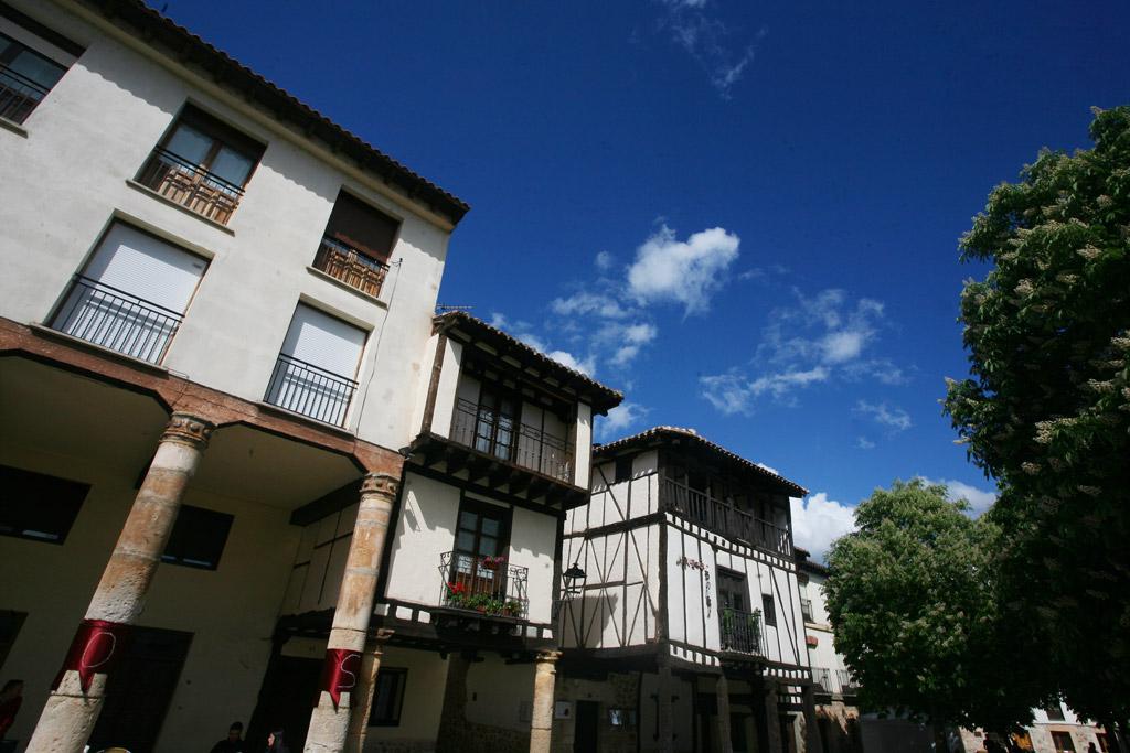 Visitar Covarrubias, arquitectura general.