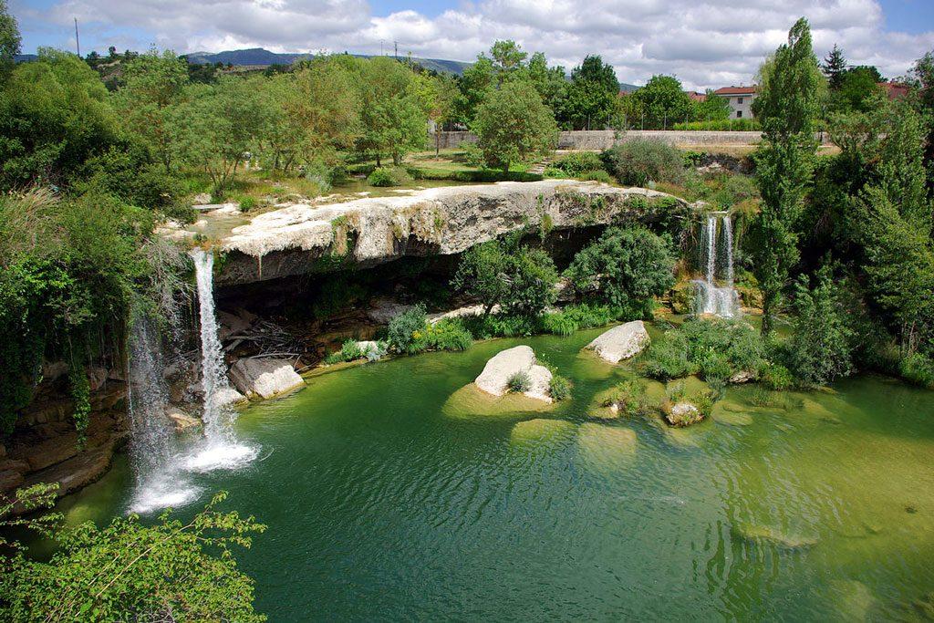 Pedrosa de Tobalina, las mejores piscinas naturales de Burgos